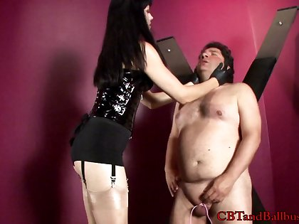 Lovely porn sweetheart Mistress O gives huge cock a hot nasty blowjob