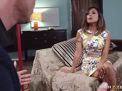 Pornstar Kaylani Lei loves to lane her lovers dick while moaning