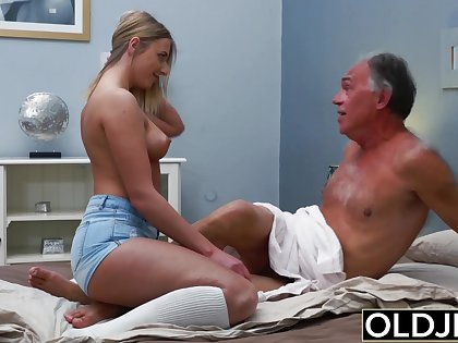 Horny blonde decides to give Oldje along to sluttiest massage he could've dreamed of