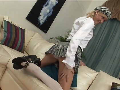 Kathy Seeger flashes her pussy before object fucked balls deep