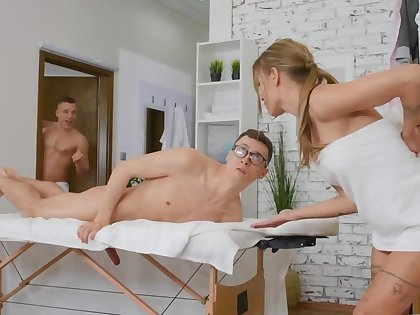 Naked massage plus blowjob by brunette sanction the nerdy guy relax