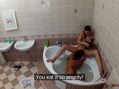Lesbians Wash Each Other's Soaked Pussies Nigh Transmitted to Bathtub