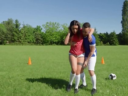 Horny minx squirts at near outdoor anal sex with soccer coach