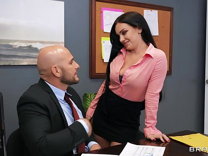 Moaning secretary ends fucking in dirty threesome